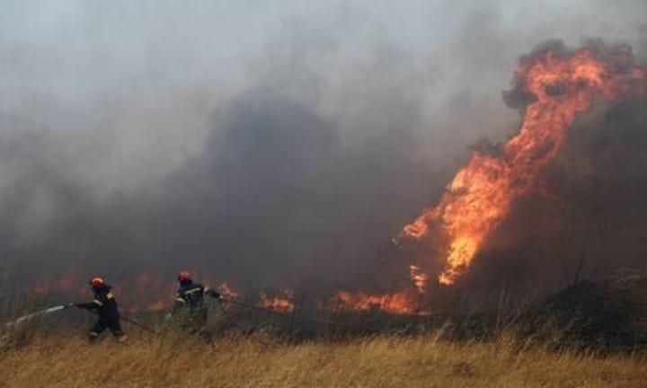 Το Ραδιοταξί Κόσμος στις φωτιές στην Κερατέα!